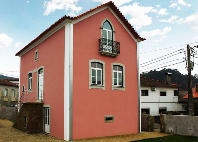 R novation d 39 une maison traditionnelle porto for Renovation maison traditionnelle