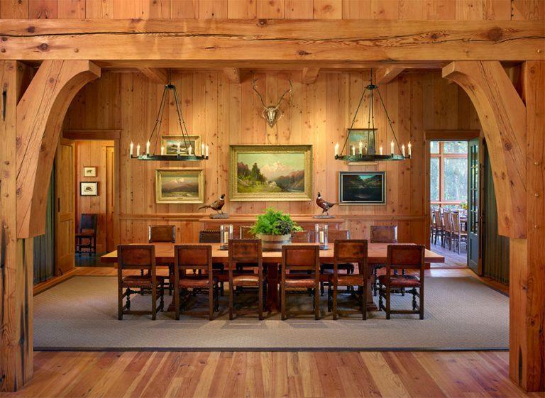 Chalet en bois avec aménagement intérieur rustique