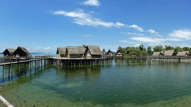 maisons pilotis lac Constance