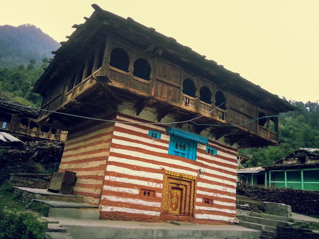 Maisons traditionnelles indiennes résistantes aux séismes