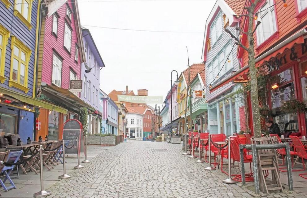 maisons colorées scandinavie