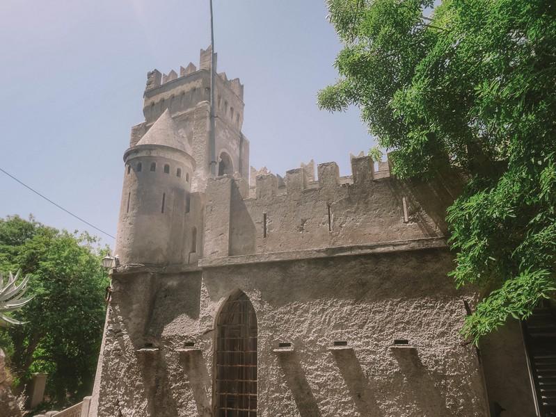 chateau merlacce tour