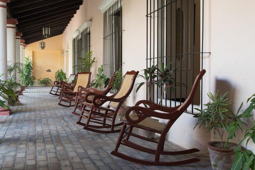 cour maison coloniale espagnole
