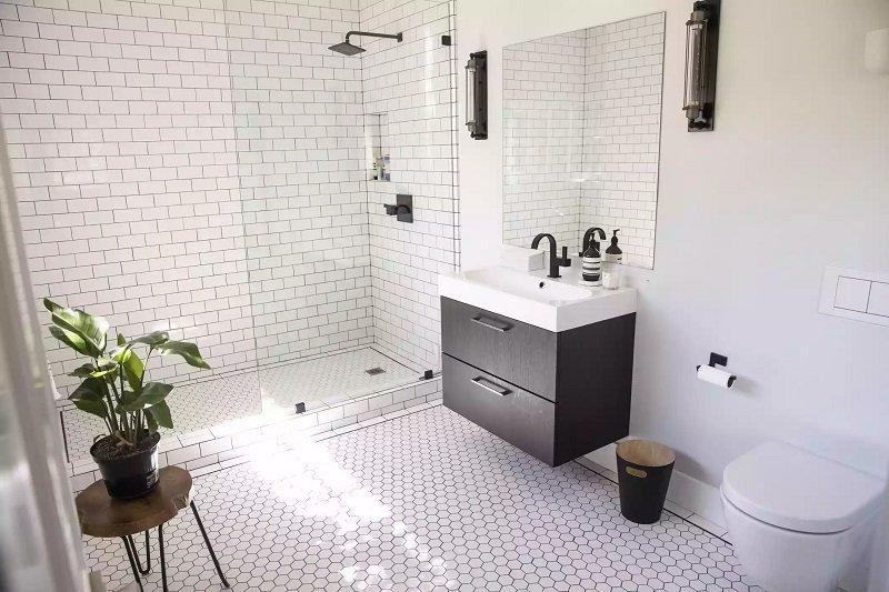 salle de bains moderne style industriel